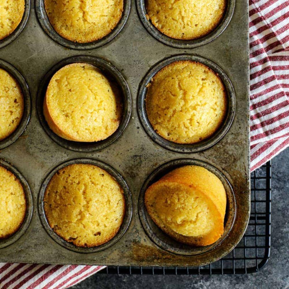 Honey Cornbread Muffins Recipe In 2020 Honey Cornbread Honey Cornbread Muffins Sweet Cornbread