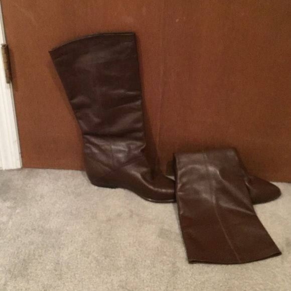 Brown Riding Boots. Like New!! Brown Riding Boots. Leather Upper, man made lower. Never worn. Size 10 No Name Shoes