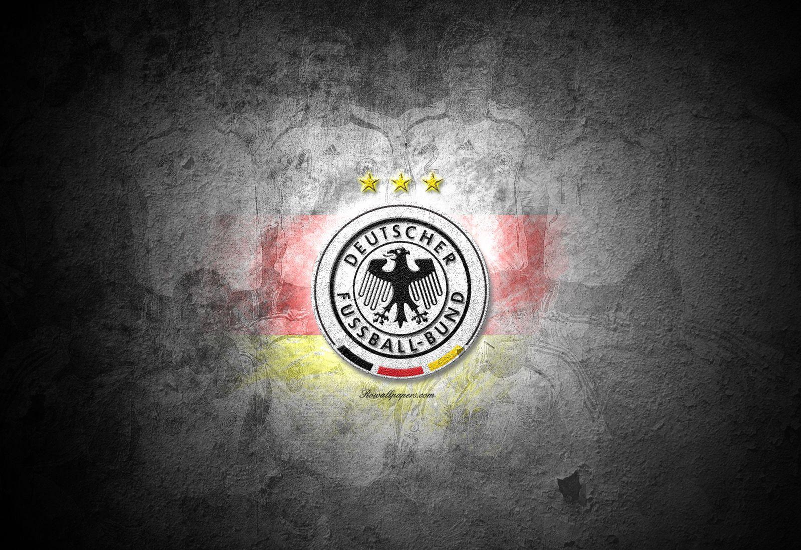 женская шапка обои на рабочий стол с символикой сборной германии по футболу ремонт дизельных