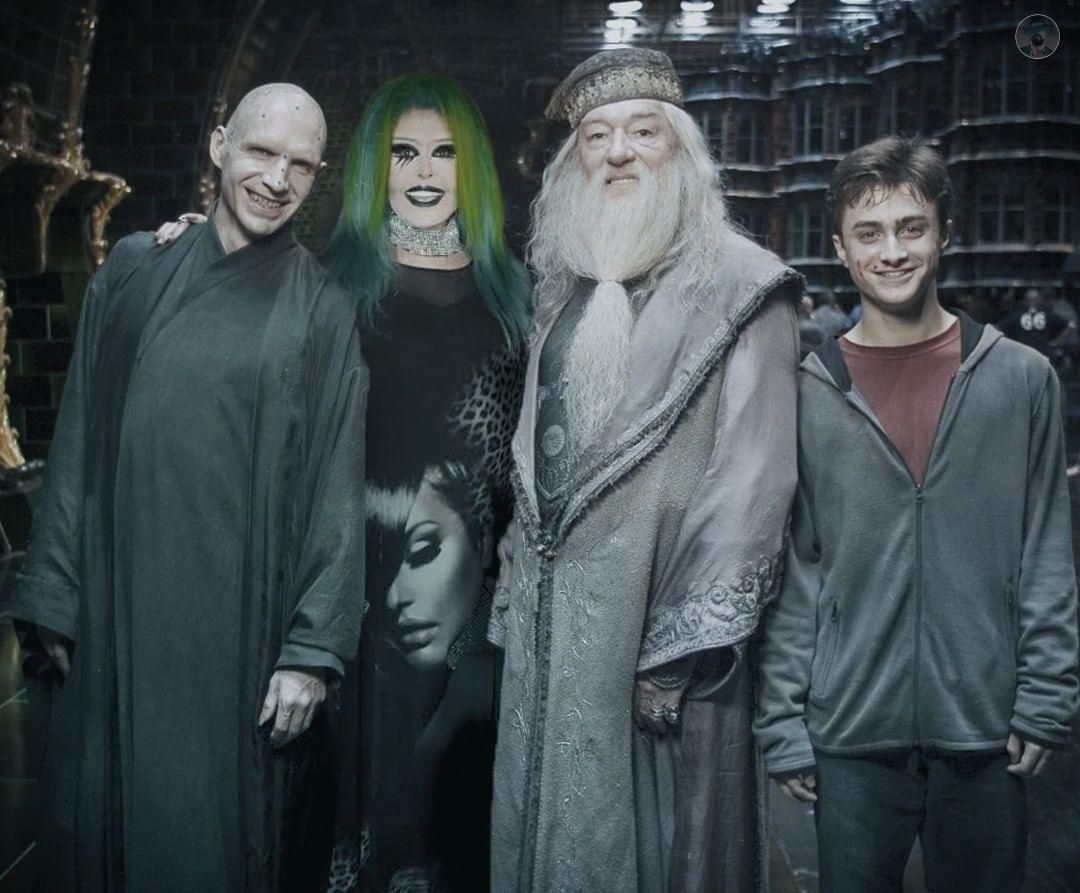 Artdamar E On Instagram Harry Potter Kamera Arkasi Harry Potter Character Instagram