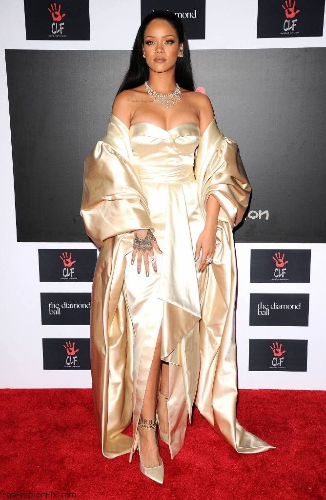 Style Watch: Celebrity Red Carpet looks (December 2015 ...