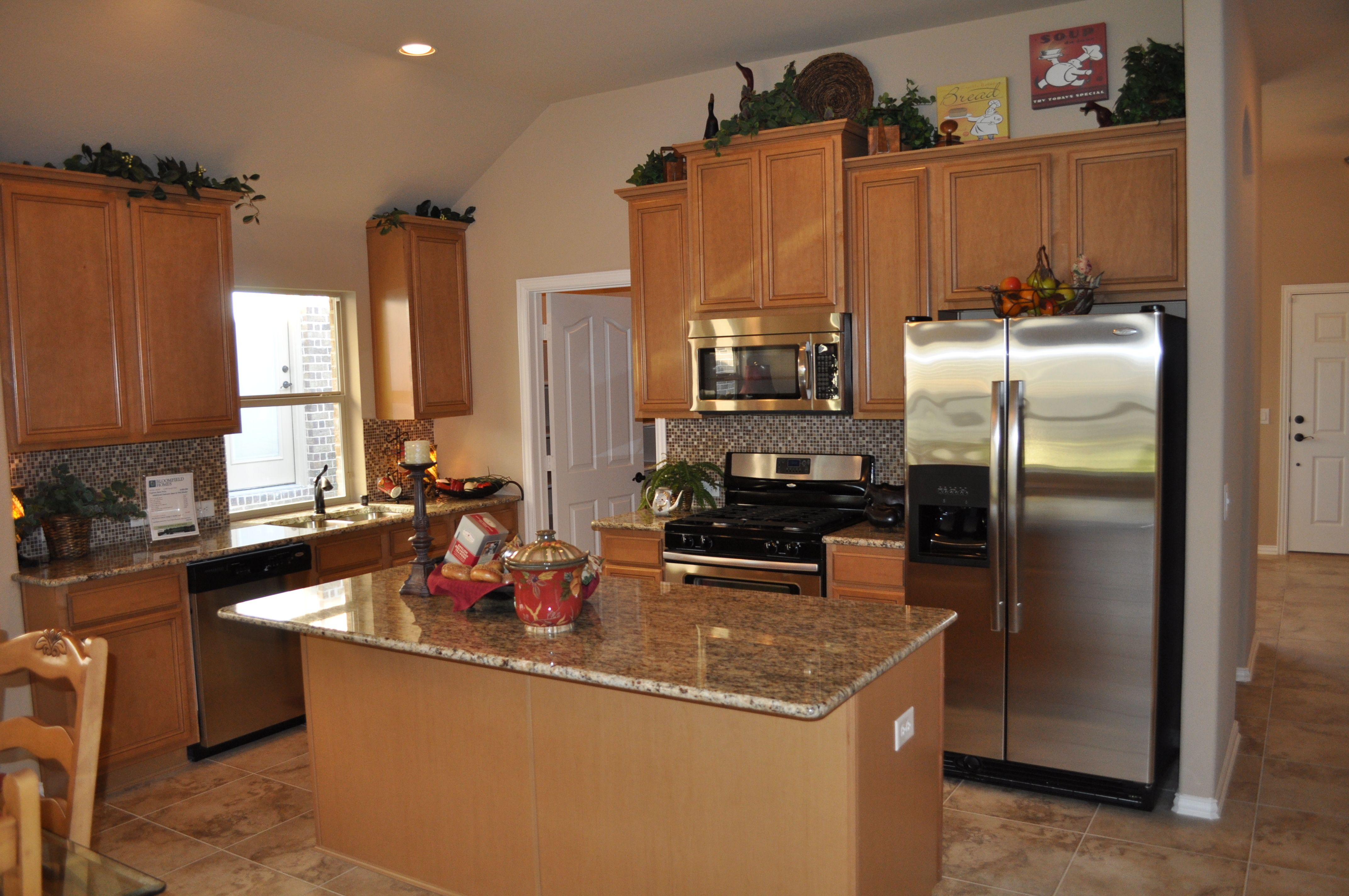 Whirlpool stainless steel appliances! | Bloomfield Homes Kitchens ...