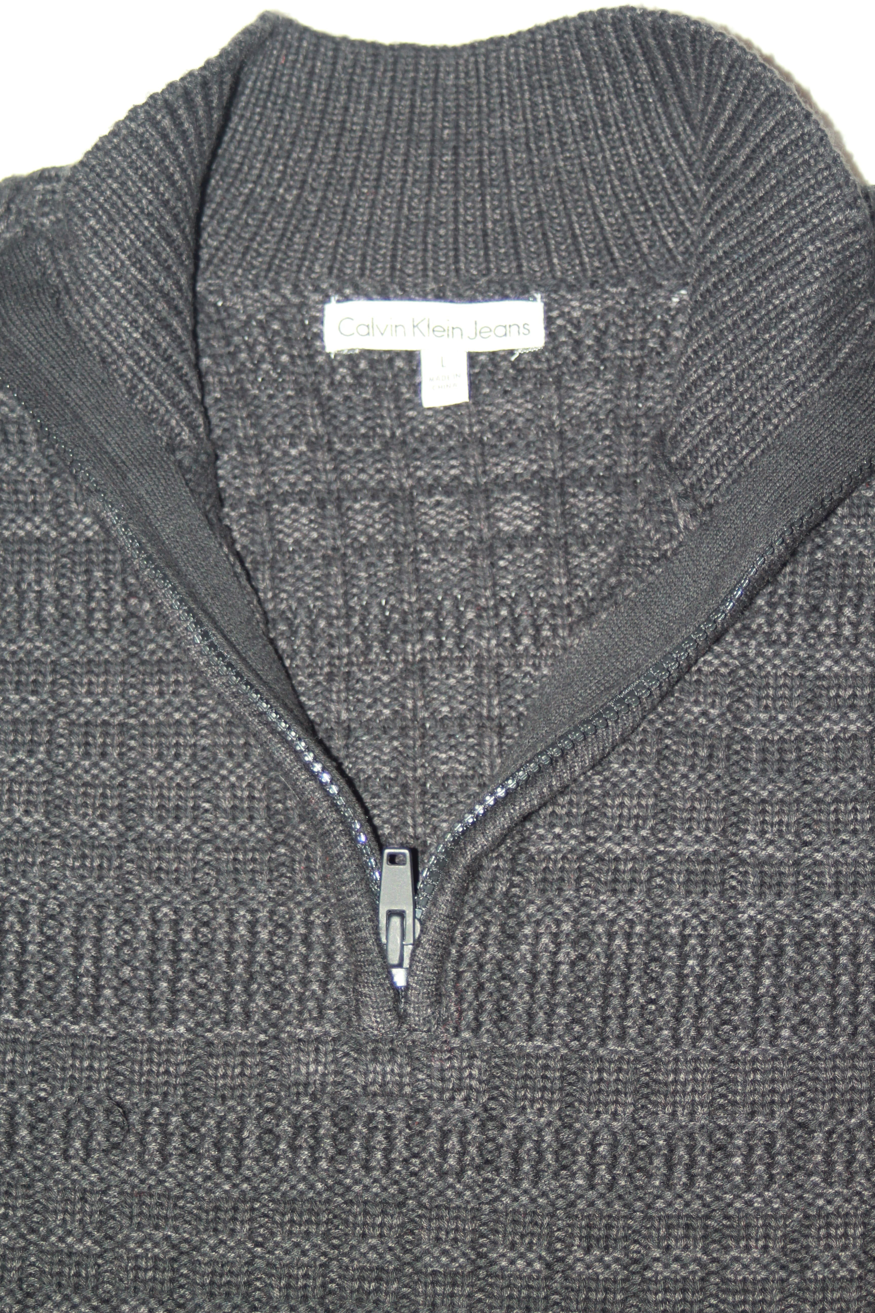 5cdf04aaf7f6 Calvin Klein mens  100 NWT sweater ... Men s size Large   L ... long ...