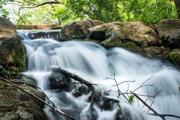 How To Create Silky Smooth Water Effects Digital Photography School Water Photography Water Effect Digital Photography Lessons