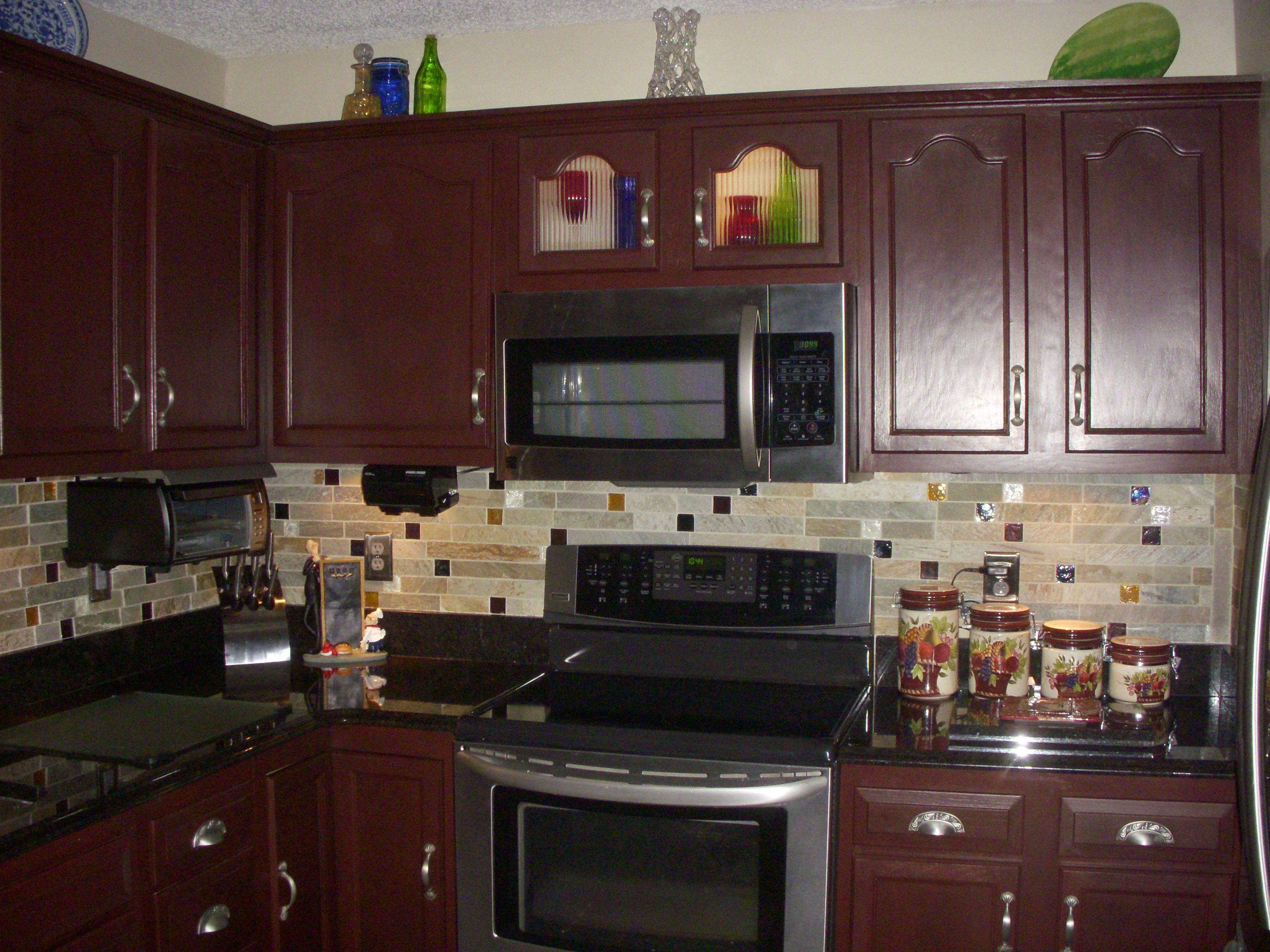 Merveilleux Testimonial Gallery: Rust Oleum Cabinet Transformations®   A Revolutionary  Kitchen Transformation System (Cabernet)