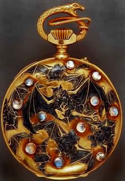 Flying bats and serpent pocket watch – Lalique -   Ca.-1899-1900