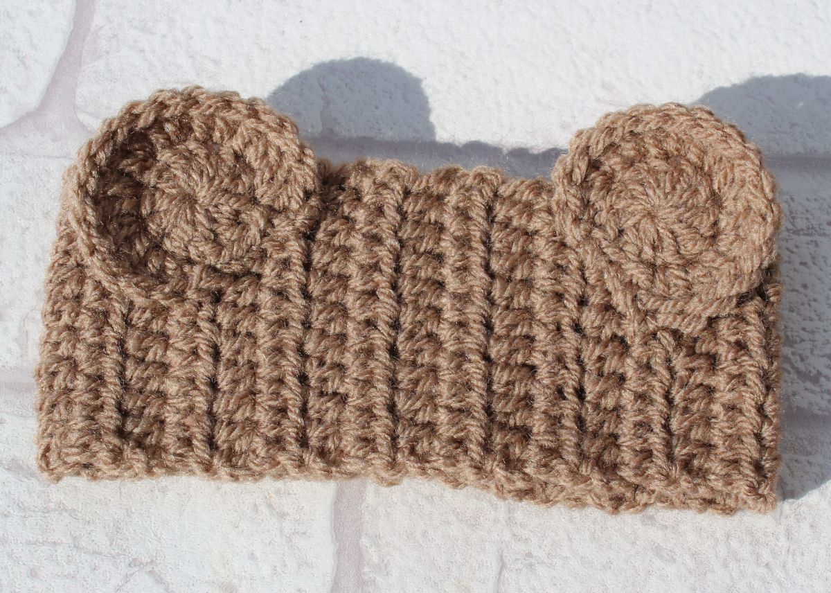 So this months free pattern is a headband complete with super cute ...