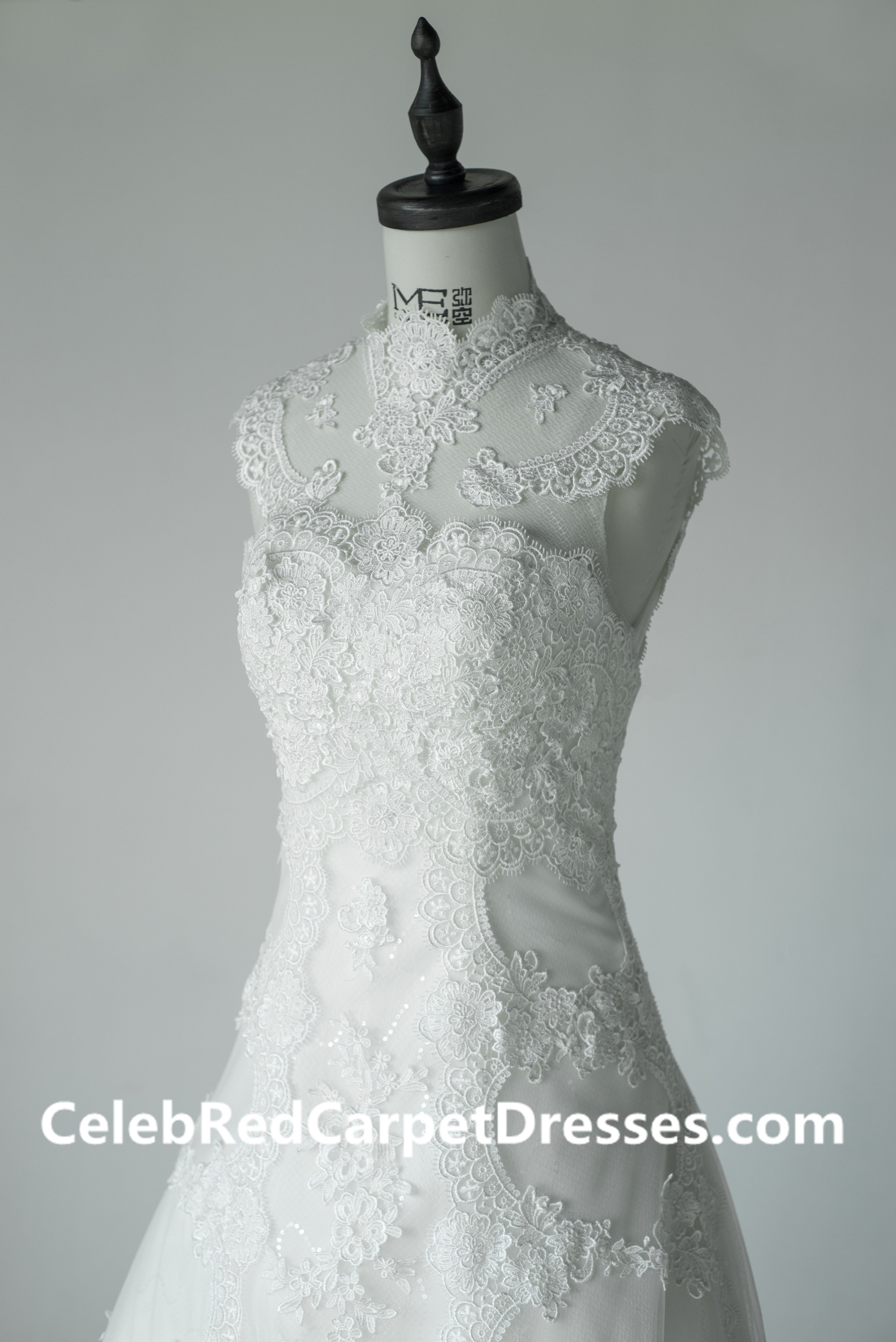 High Neck Vintage Wedding Dress With A Small Tail
