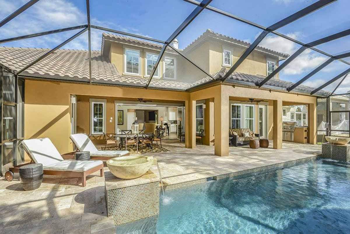 Outdoor Kitchen Bar And Pool With Swim Up Bar Google Search Tampa Real Estate Outdoor Kitchen Bars Florida Real Estate