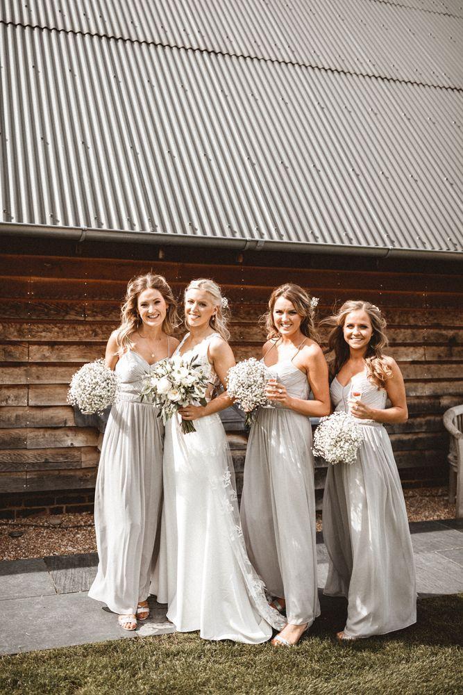 Pale Grey Bridesmaids Dresses From Oasis En 2020 Mariage Fleurs Mariage