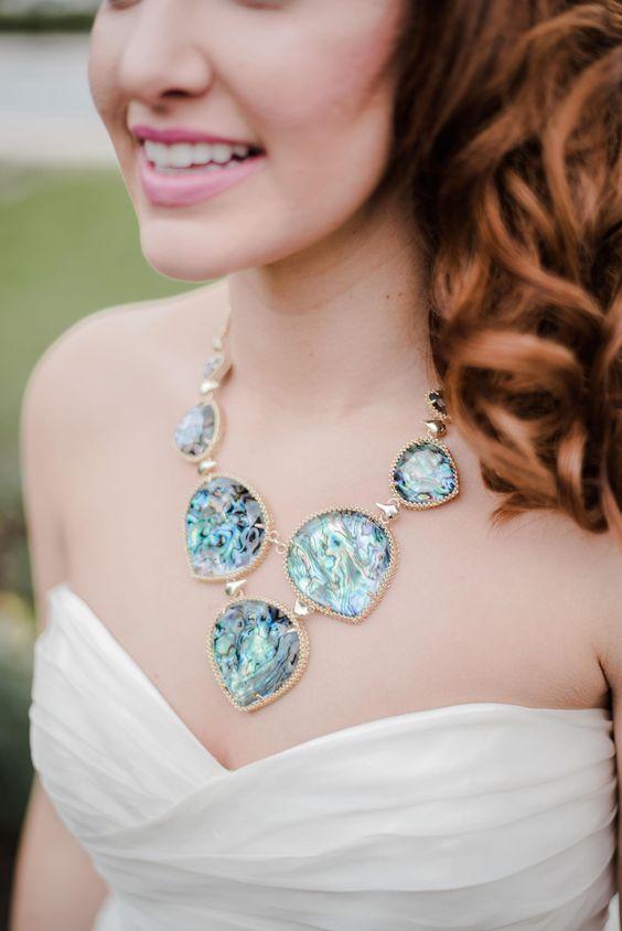 finest selection 746b4 62d08 26 Trendige Statement Braut Accessoires, die Sie Lieben ...