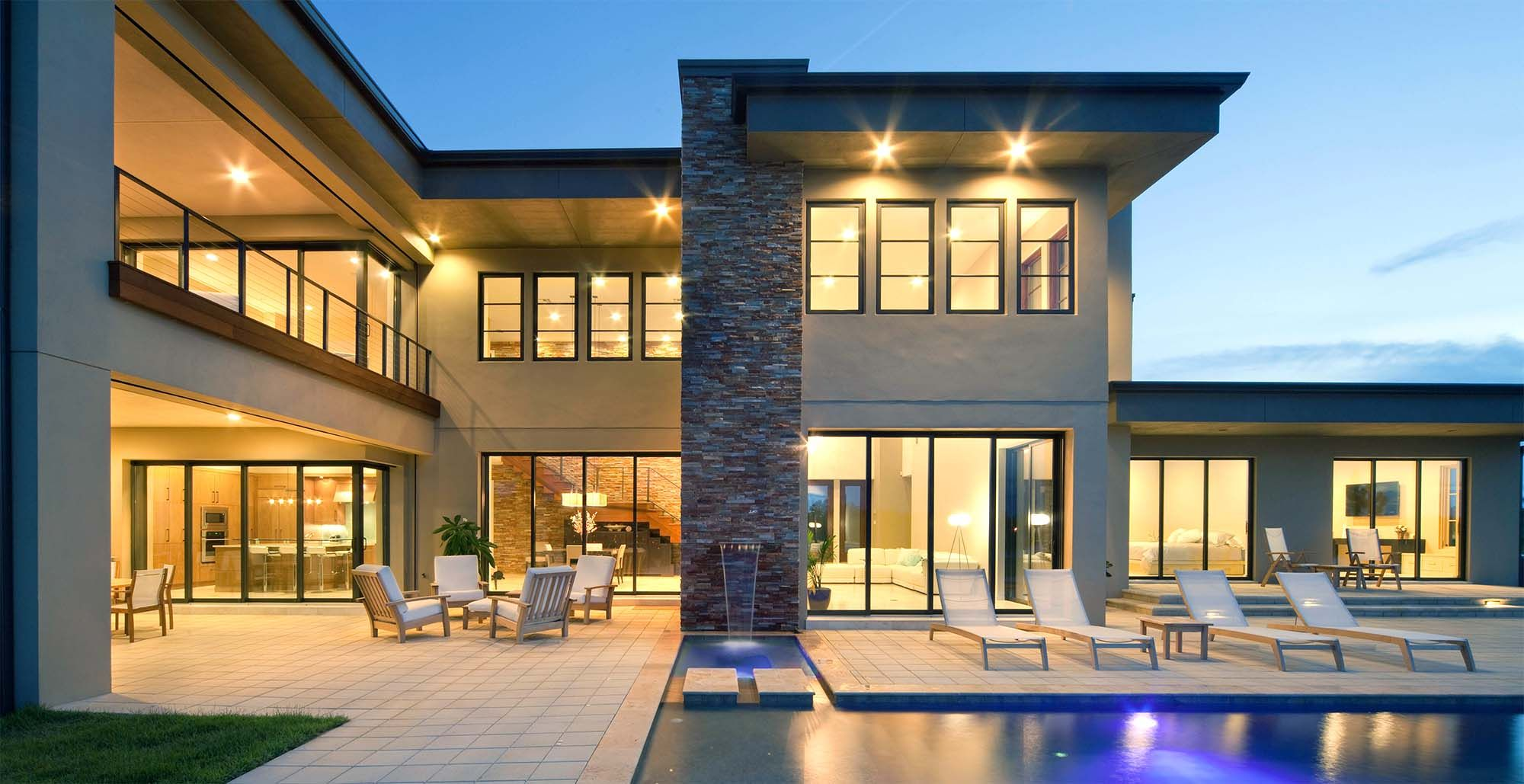 Beautiful Modern Custom Home With Flat Roof Stucco And Stone Luxury Modern Homes House Gate Design Modern Exterior