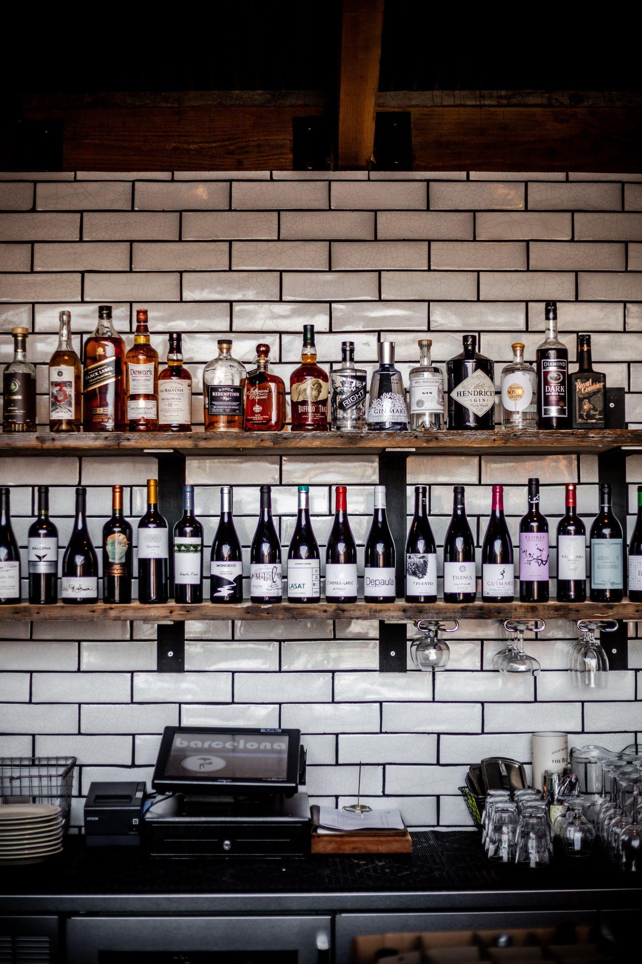 Barcelona wine bar rino photography tom mcgovern