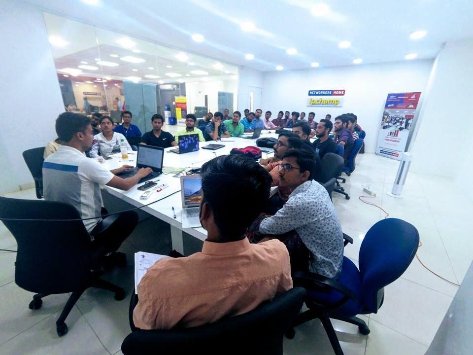 Best CCNA Training in Bangalore, Delhi. Cisco Certified