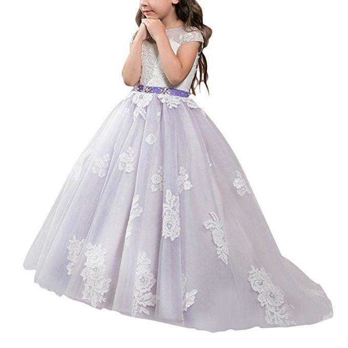 05febe3a4eb Blumenmädchenkleid in lila weiß. Das Prinzessinnen Kleid ist bodenlang und  verfügt über eine kleine Schleppe