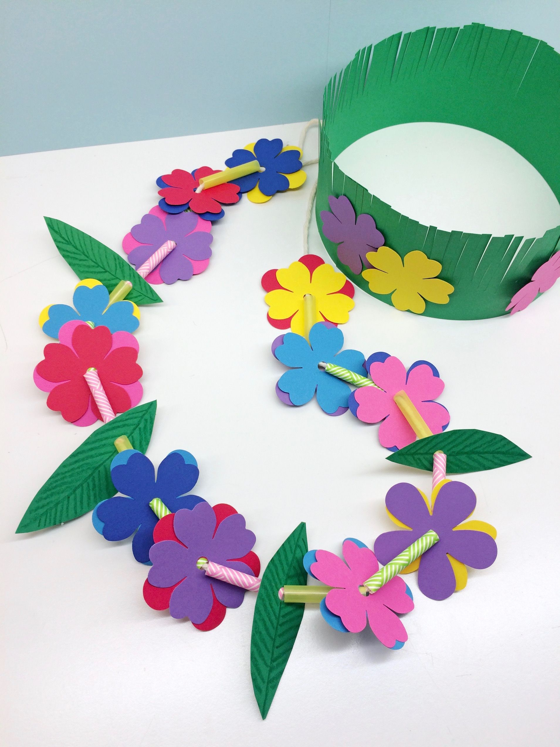 Craft for kids hawaiian lei grass crown repeating for Chart paper craft work