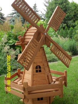 Figurenland Herborn Herborn Burg Gartenwindmuhle Windmuhle Gartengestaltung
