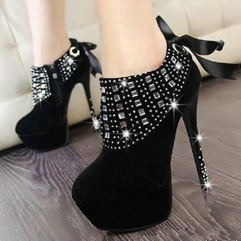 High stylish heels shoes for girls