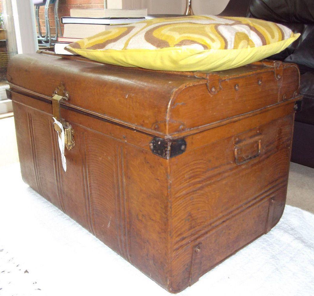 Antique Vintage Tin Trunk Chest. Coffee table Blanket storage box. Gorgeous! & Antique Vintage Tin Trunk Chest. Coffee table Blanket storage box ...