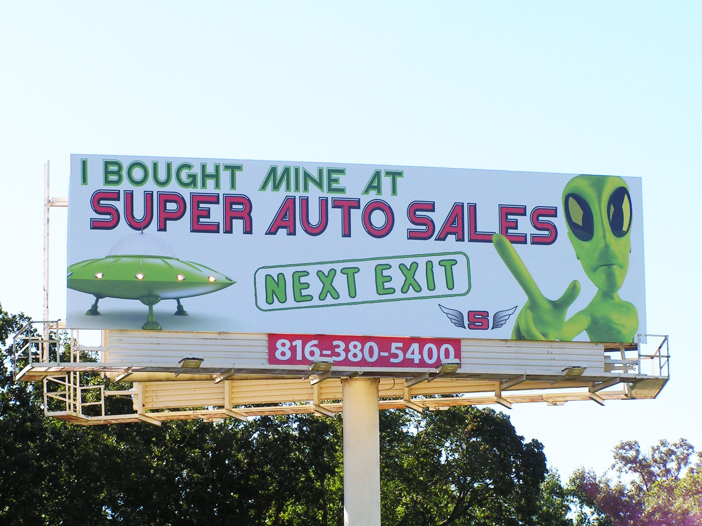Super Auto Sales >> Supernaw S Super Auto Sales With Working Spaceship Lights In