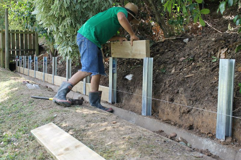 Image Result For Steel Retaining Wall Post Landscaping Retaining Walls Steel Retaining Wall Backyard Retaining Walls