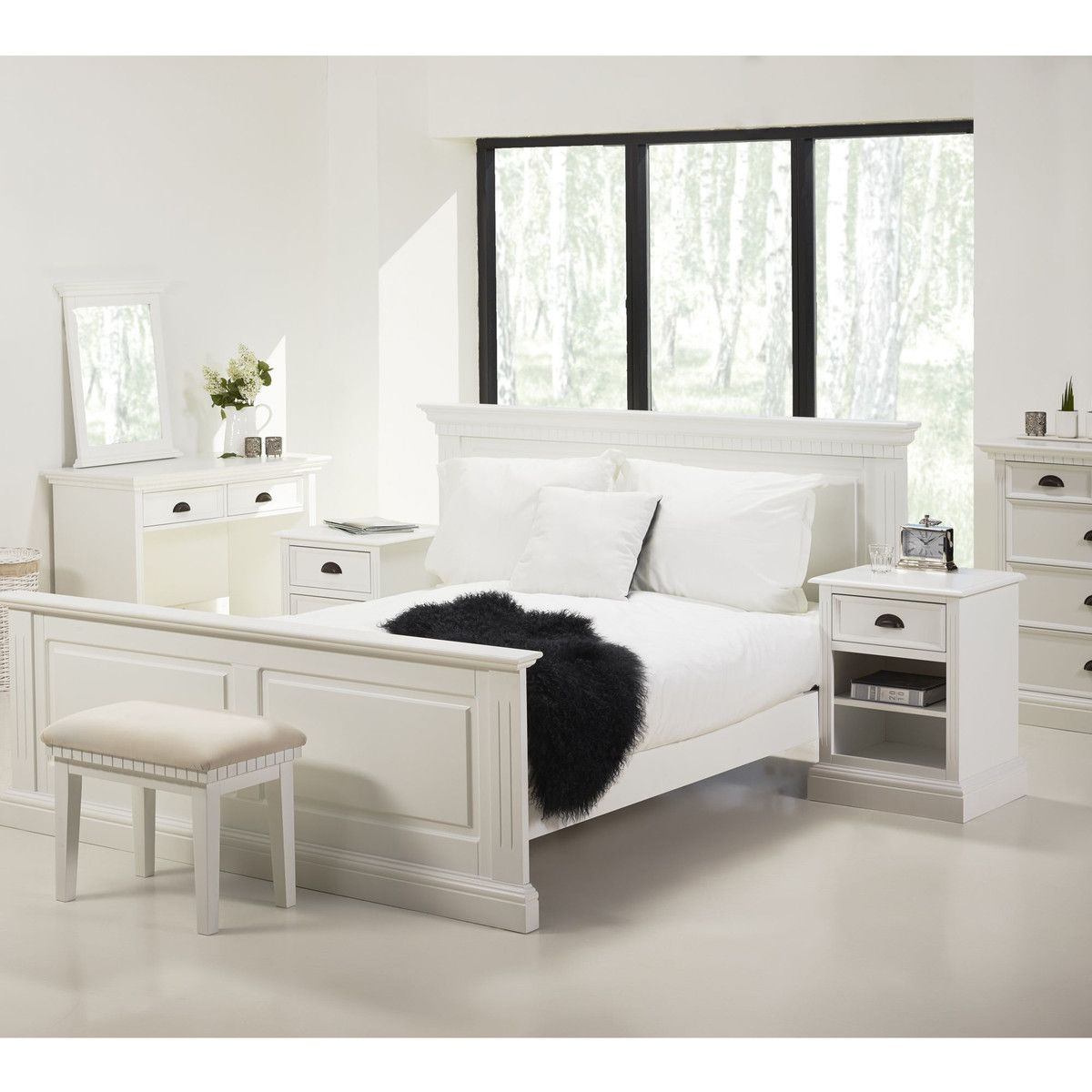 alinea romance night lit 160x200cm en pin blanc lit auchan pas cher ventes pas. Black Bedroom Furniture Sets. Home Design Ideas