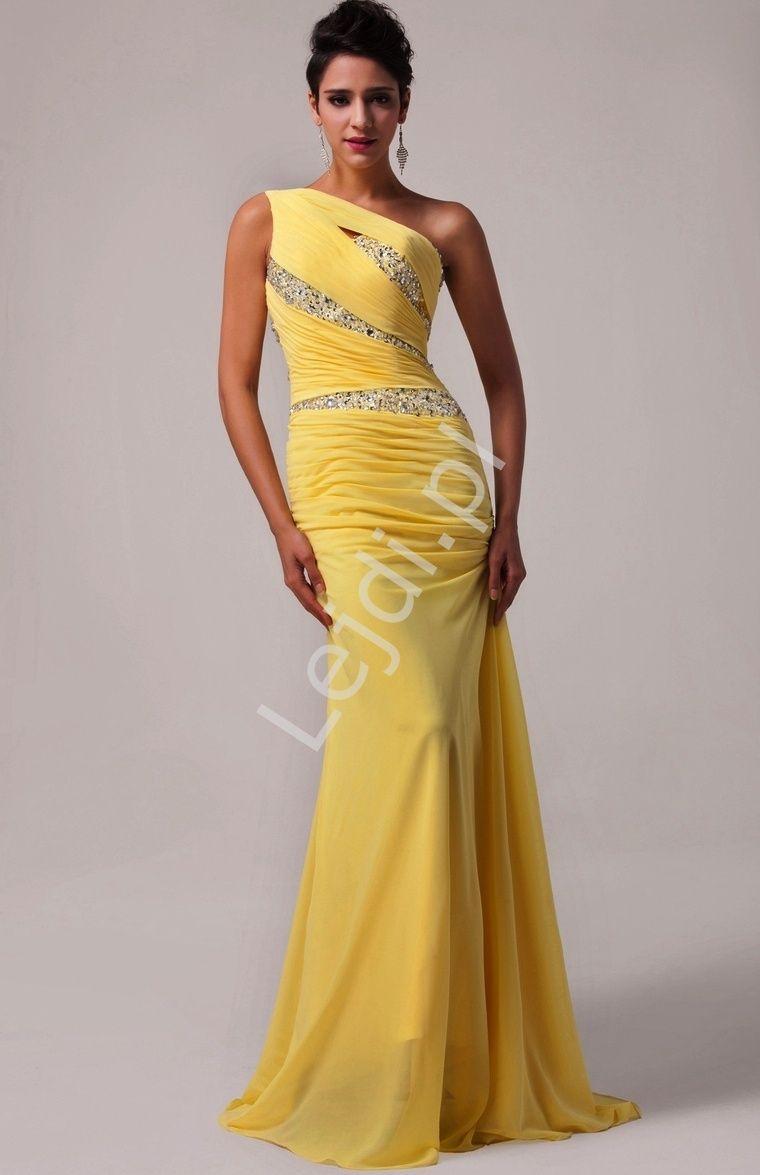 118f133310 Oryginalna asymetryczna suknia wieczorowa. Sukienka wyknonana z szyfonu w  kolorze żółtym. Sukienka na jedno