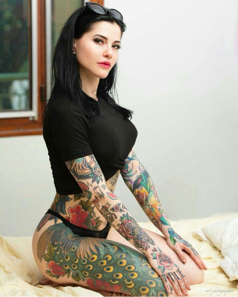Pariente Aurore Nude Photos 11