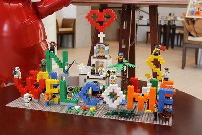 意外と人気 レゴ ブロック で作ったウエルカムボードが楽しい