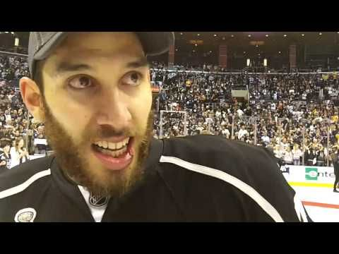 MayorsManor on-ice interview with Dwight King