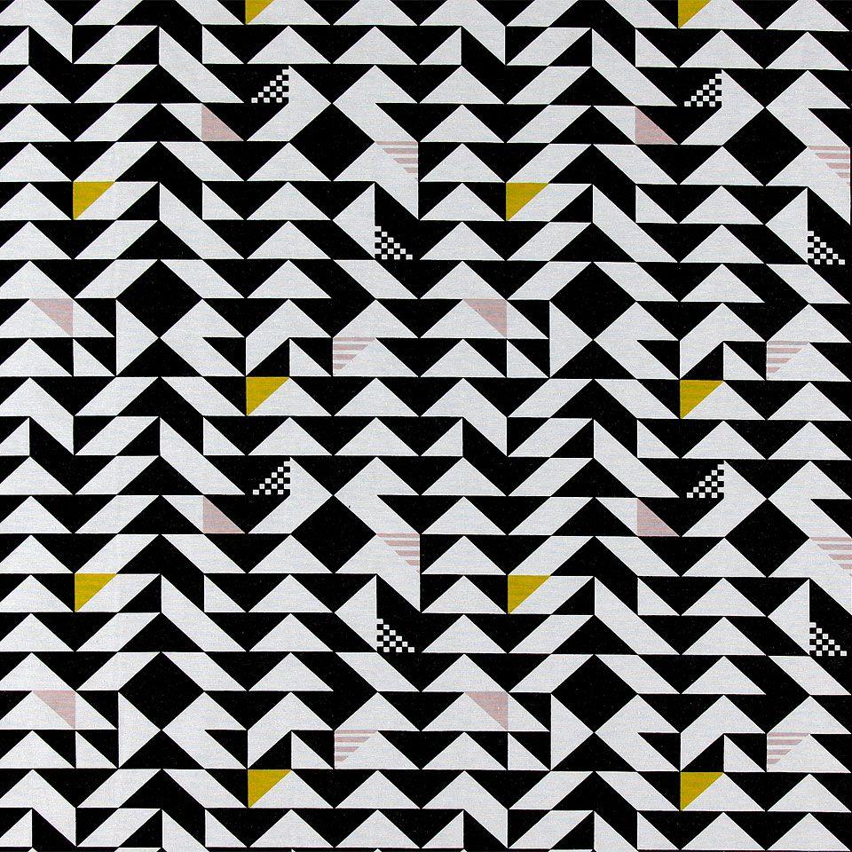 815335 Vävd m svart/vit grafisk trekant