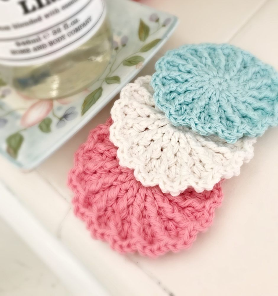 Farmhouse Magnolia Crochet Scrubby | Crocheting | Pinterest ...