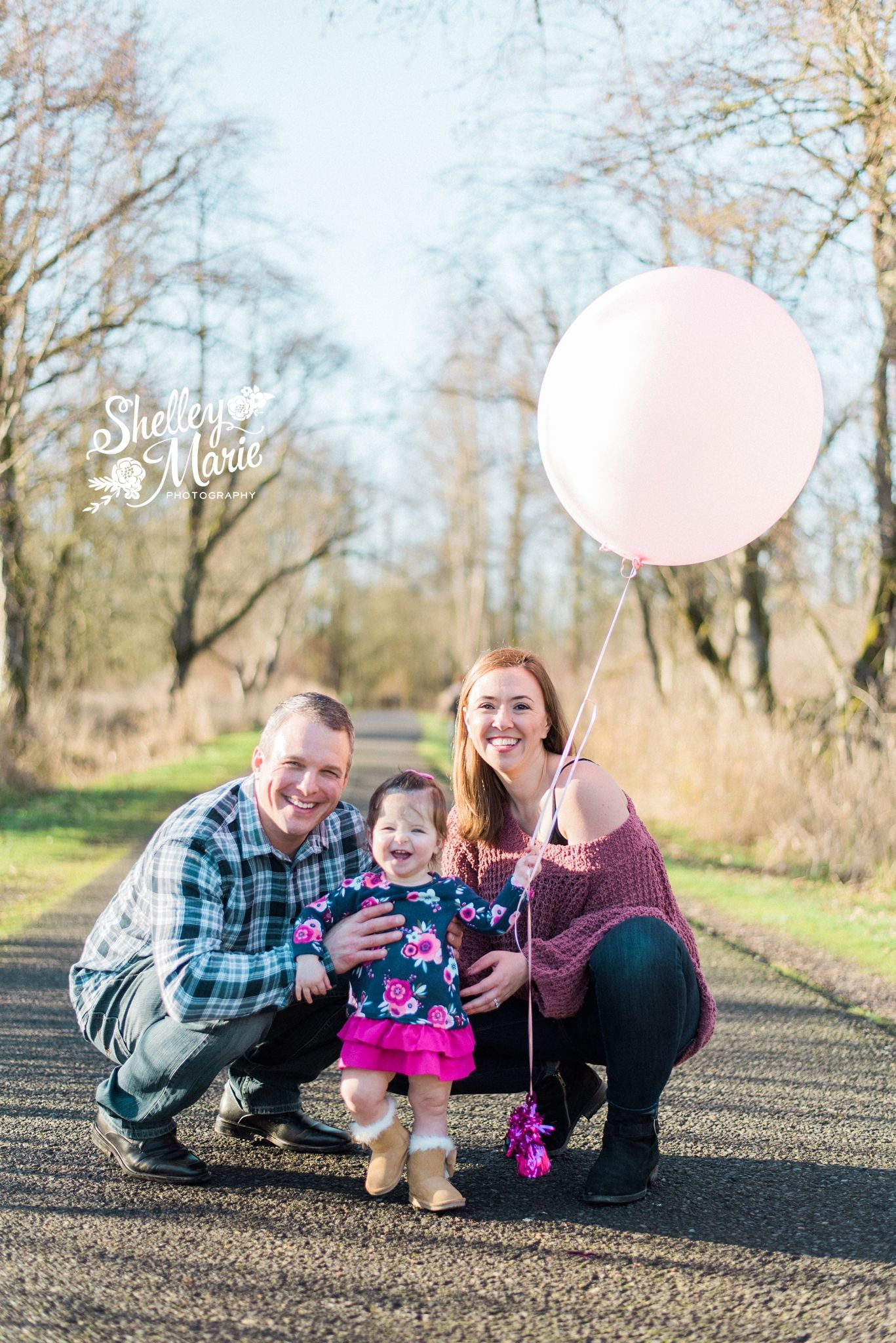 Little Girl 1 Year Photo Session With Pink Balloon And Minnie Mouse Ears Shelleymariephoto