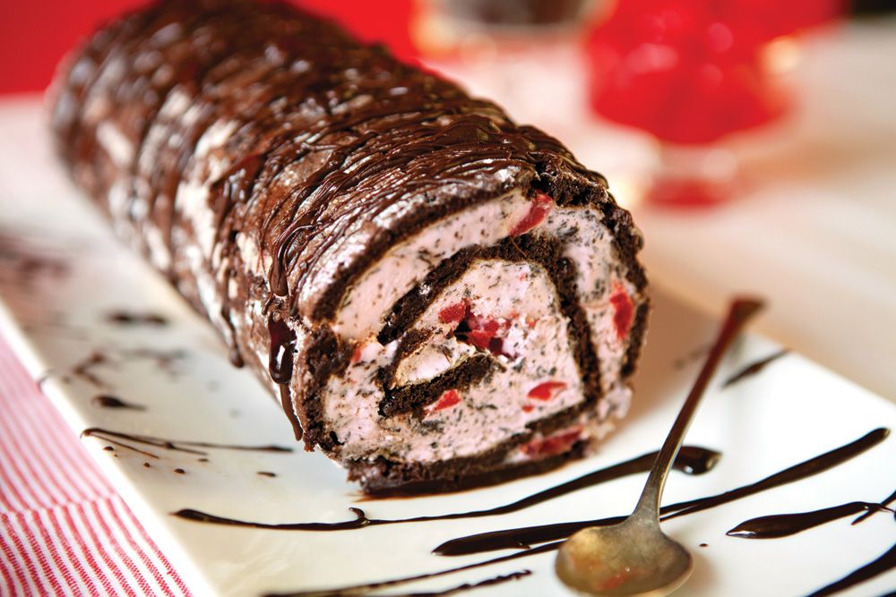 Birthday Party Ice Cream Cake Roll Recipe Cream cake Cake and