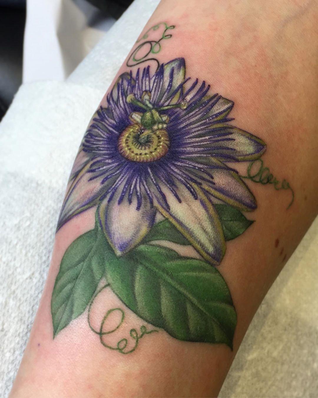Passiflora Passion Flower Mom Tattoos Floral Tattoo Design Tatoo Styles