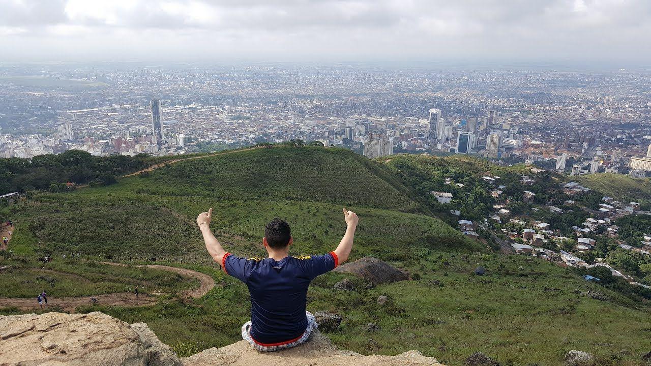 Como subir al Cerro de las Tres Cruces Cali, espectacular vista de la ci...