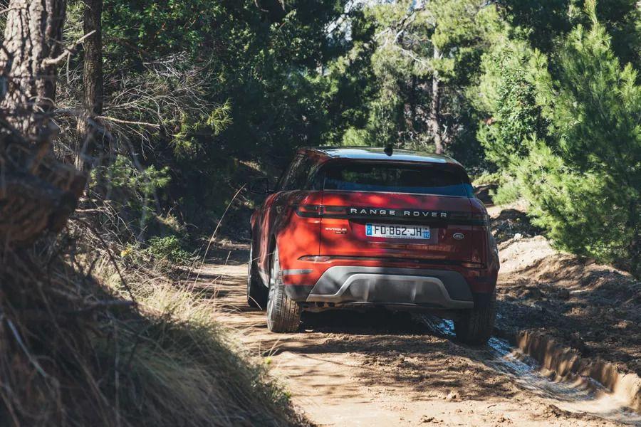 Range Rover Evoque review Greece lightning Range rover