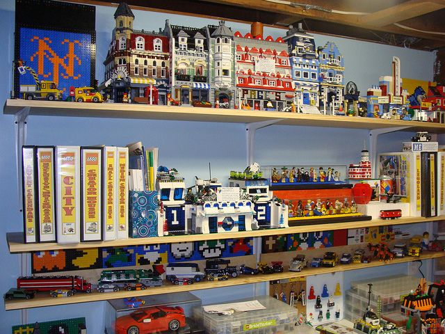 Lego Area October 2 2010 10 By Notenoughbricks Via