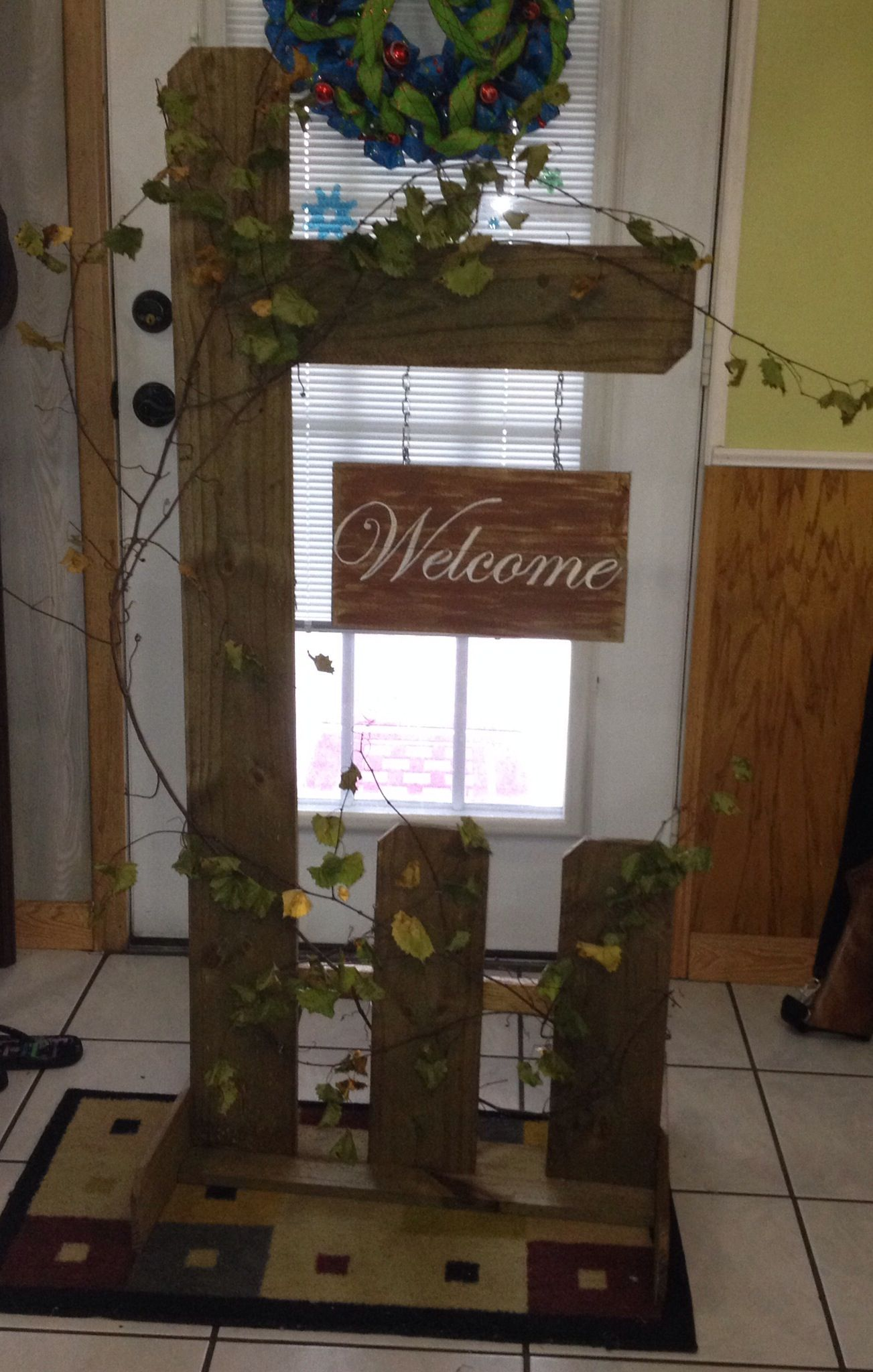 Wooden outdoor welcome sign! | Crafts | Pinterest ...