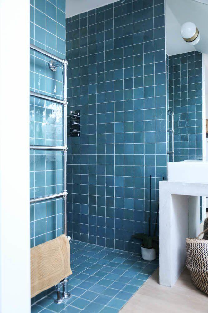 Idée décoration Salle de bain \u2013 Salle de bain Carrelage bleu