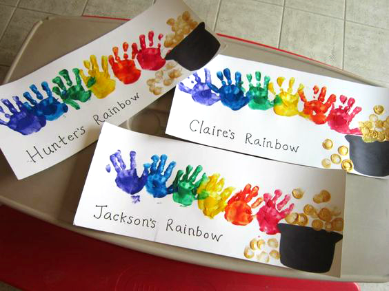 Here Are Bunch Of Fun St Patricks Day Handprint Footprint And Fingerprint Crafts For Kids To Make Find Leprechauns Gold Rainbows Shamrocks