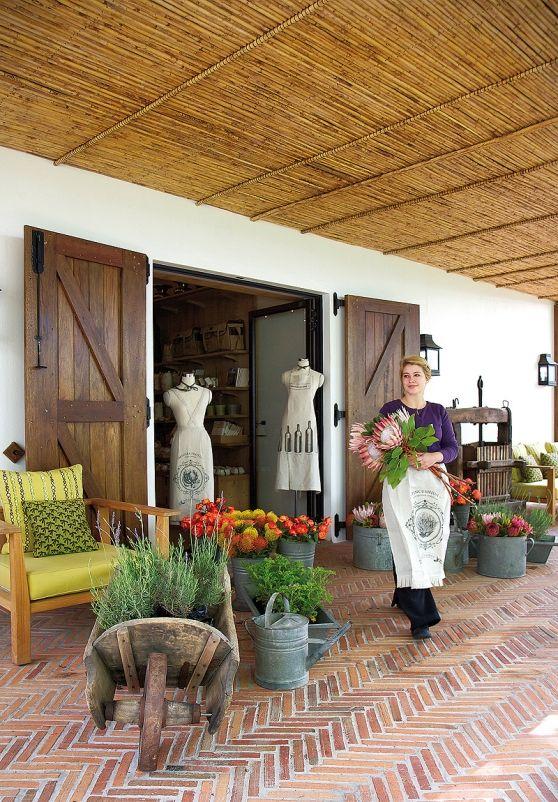 La Motte Reinvented Visi Brick Paving Garden In The Woods Flower Shop