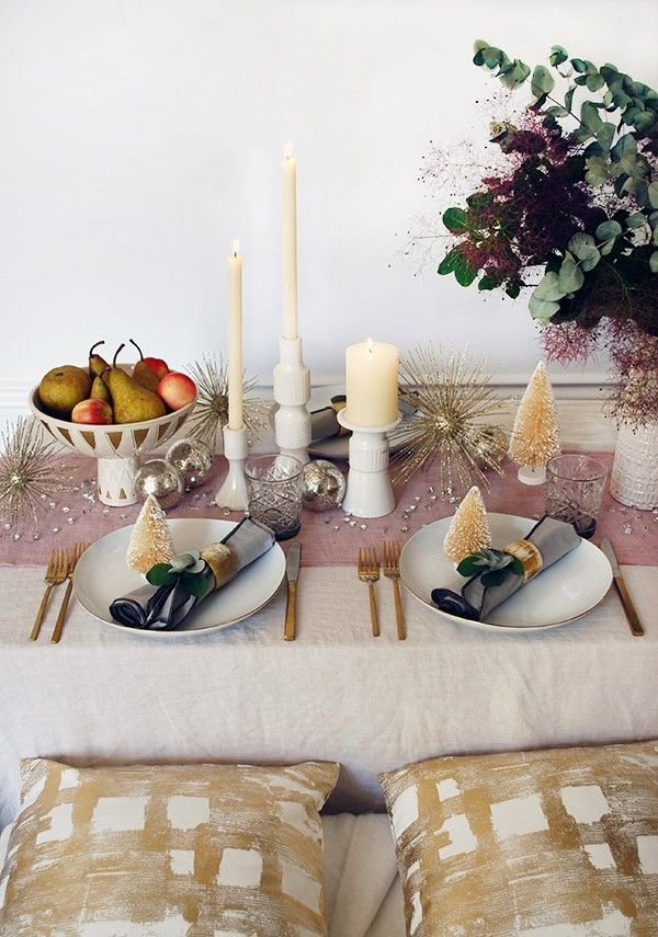 How To Decorate Your Christmas Table With West Elm Rose Gold Christmas Table Christmas Table Christmas Table Settings