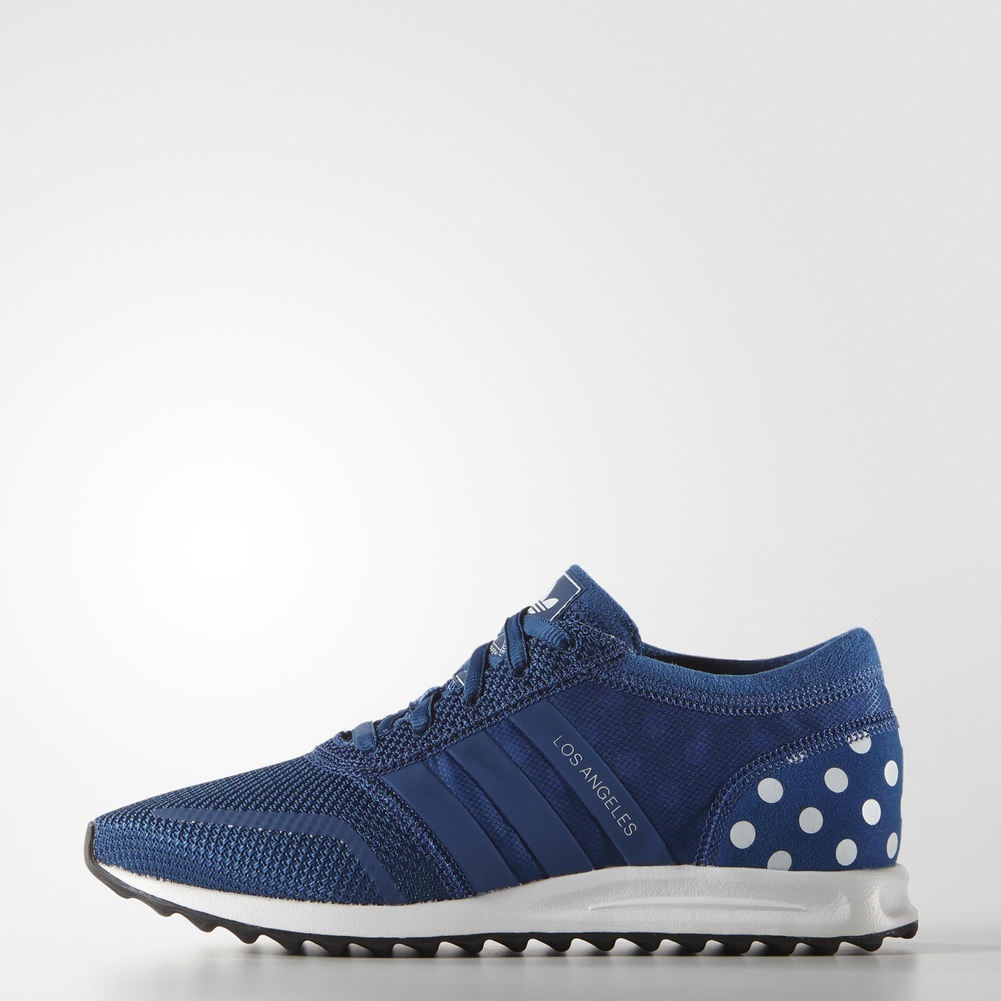 Blau Schweden   adidas AT