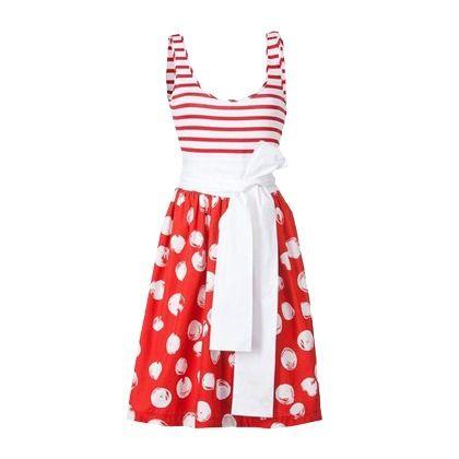 Süßes rotes Kleid von Apart. Das Kleid ist perfekt für den Sommer, denn es sieht toll aus und macht einfach gute Laune.