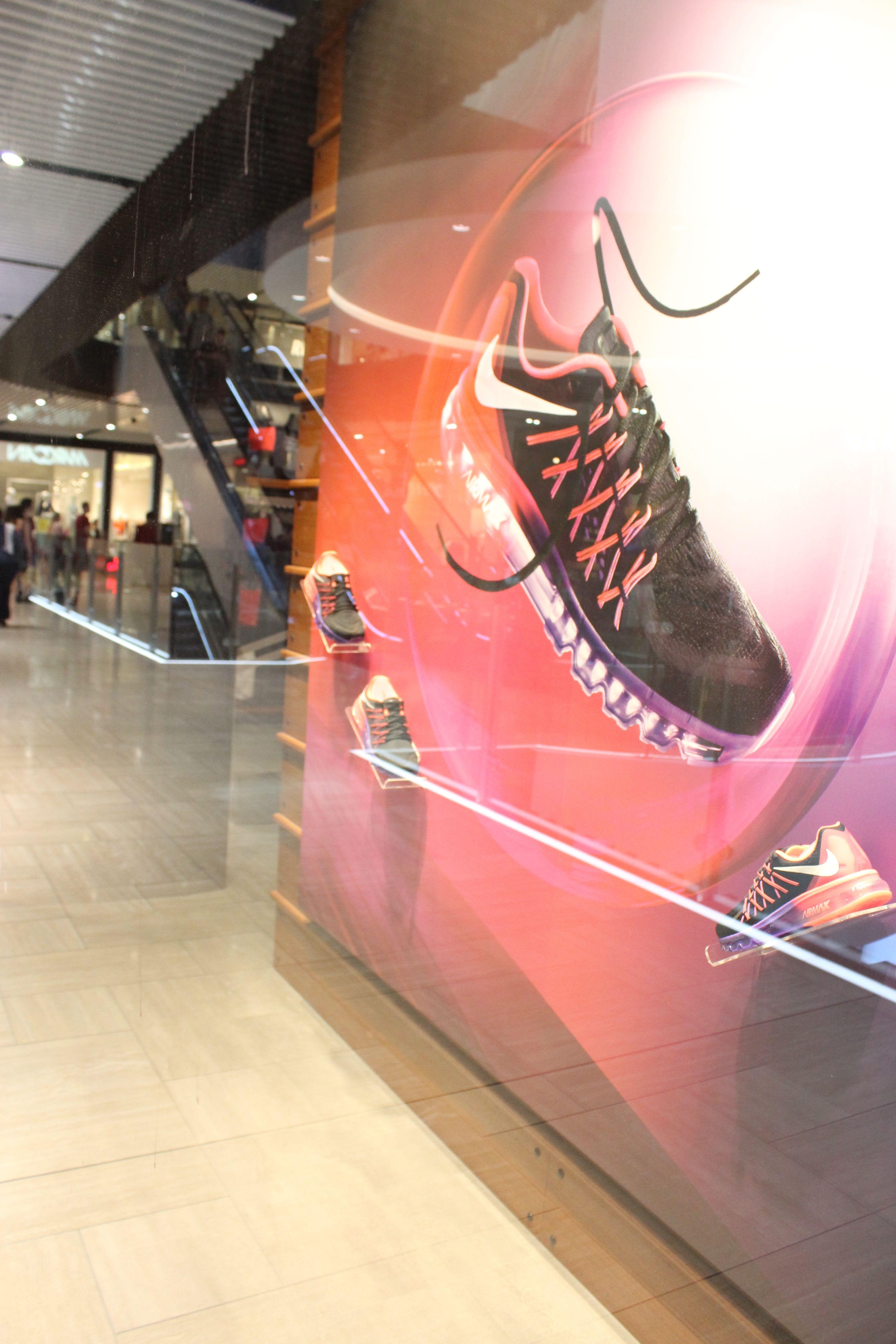 Nike Air Max 2015 retail window display shoe display. | nike