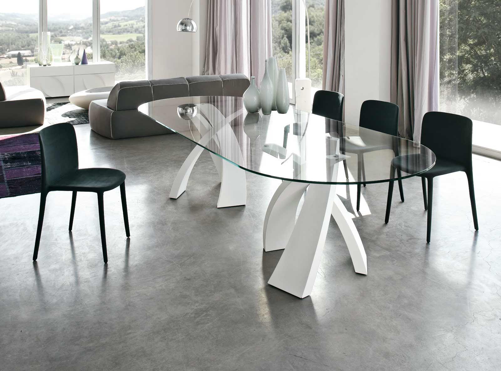 il tavolo ovale big eliseo è un tavolo con struttura in metallo ... - Tavolino Laccato Company