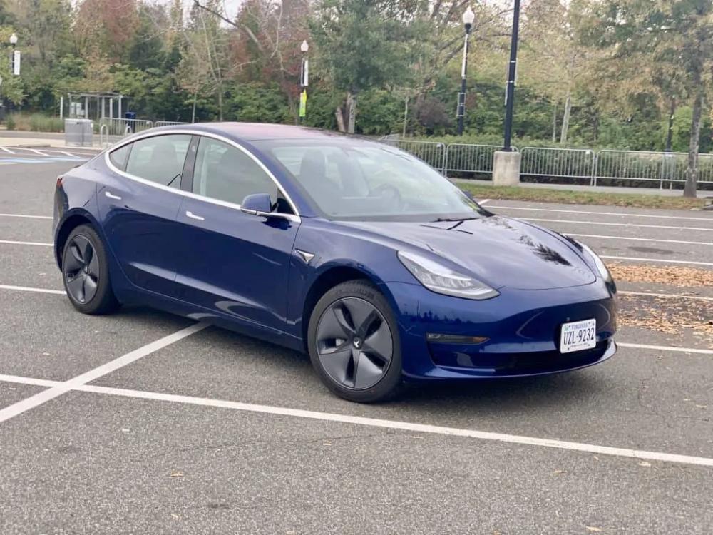 Tesla Buying Guide Comparing Tesla Model 3 Vs Model S Tesla Model Tesla Jump Seats