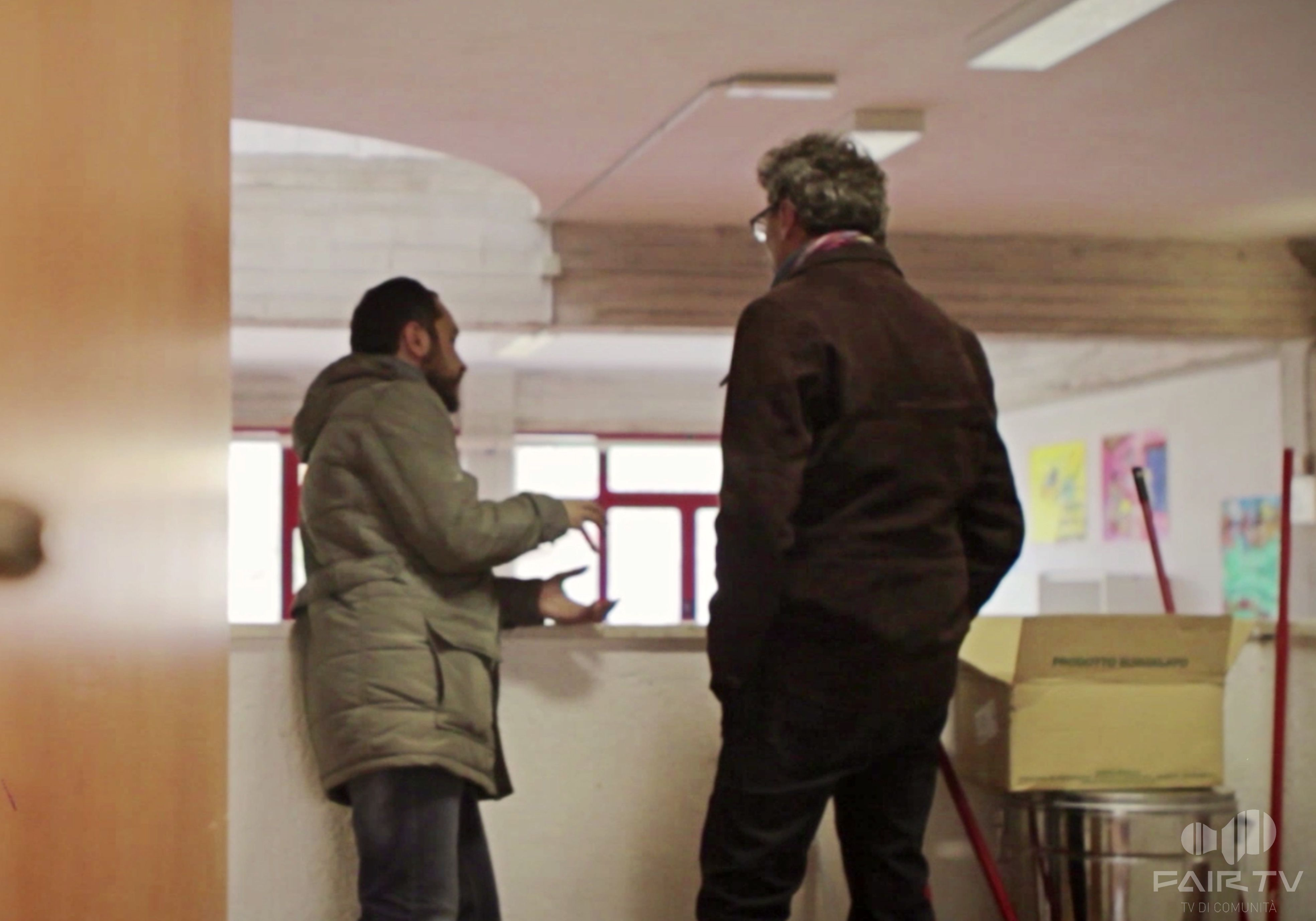 Scuola A.Merini, Perugia, Umbria, Italy. Dove IdeAzioni Civiche a ottenuto il superamento delle stoviglie usa e getta. Durante l'intervista