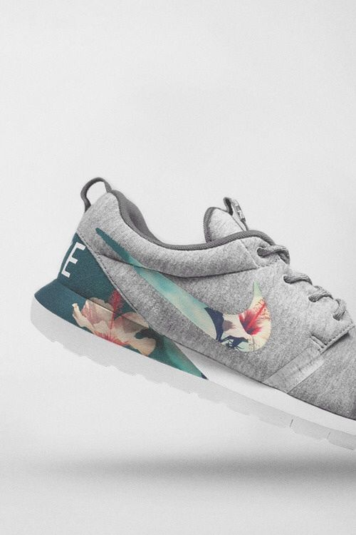 visiter le nouveau Nike Roshe Courir Mouvement Naturel Gris / Floral réduction fiable Livraison gratuite extrêmement vue rabais meilleur gros rabais PCaVvEtlL